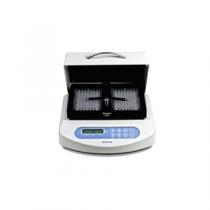 termostat-agitator-microplaci-pst-100hl.png